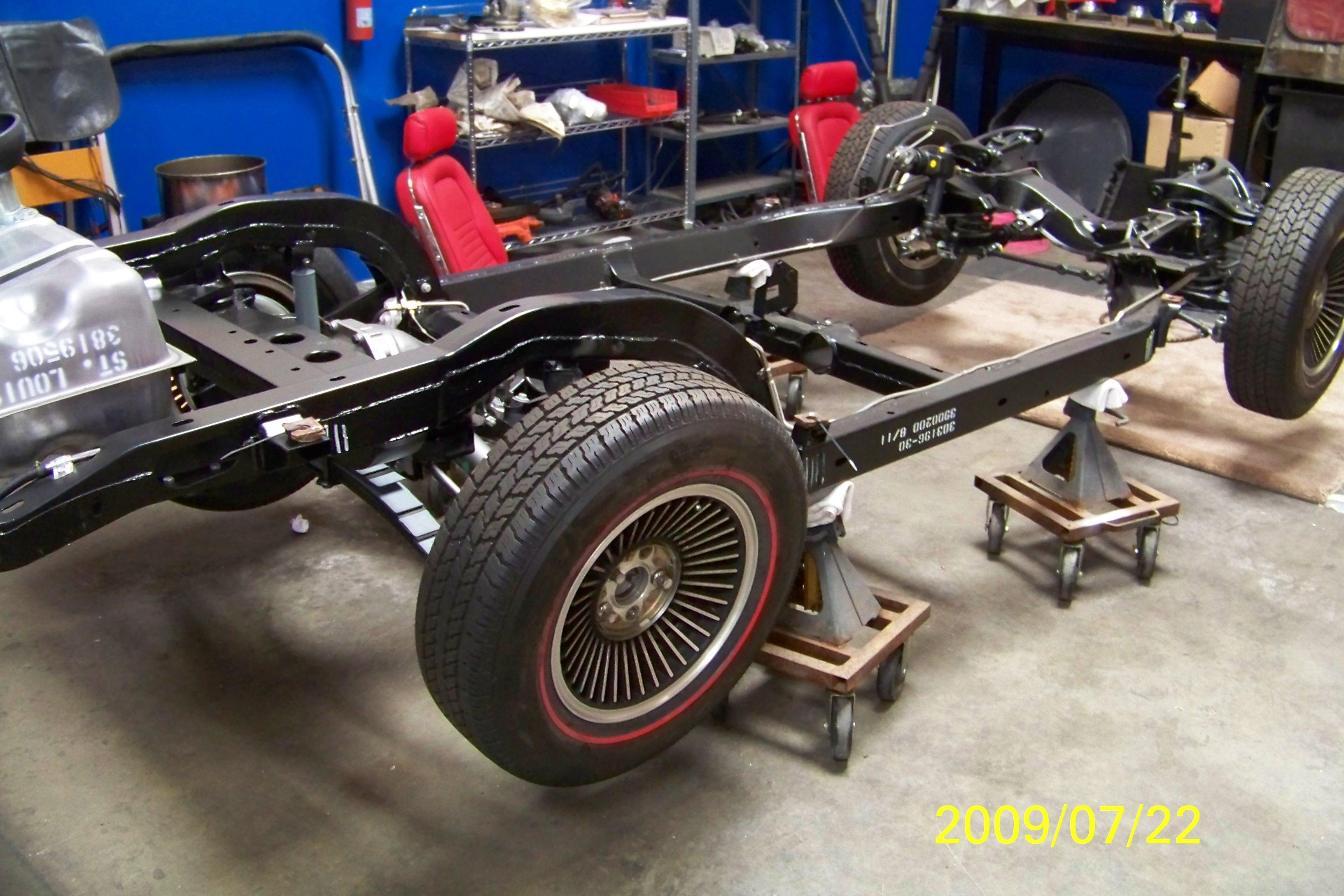 restoration-of-gold-car-013