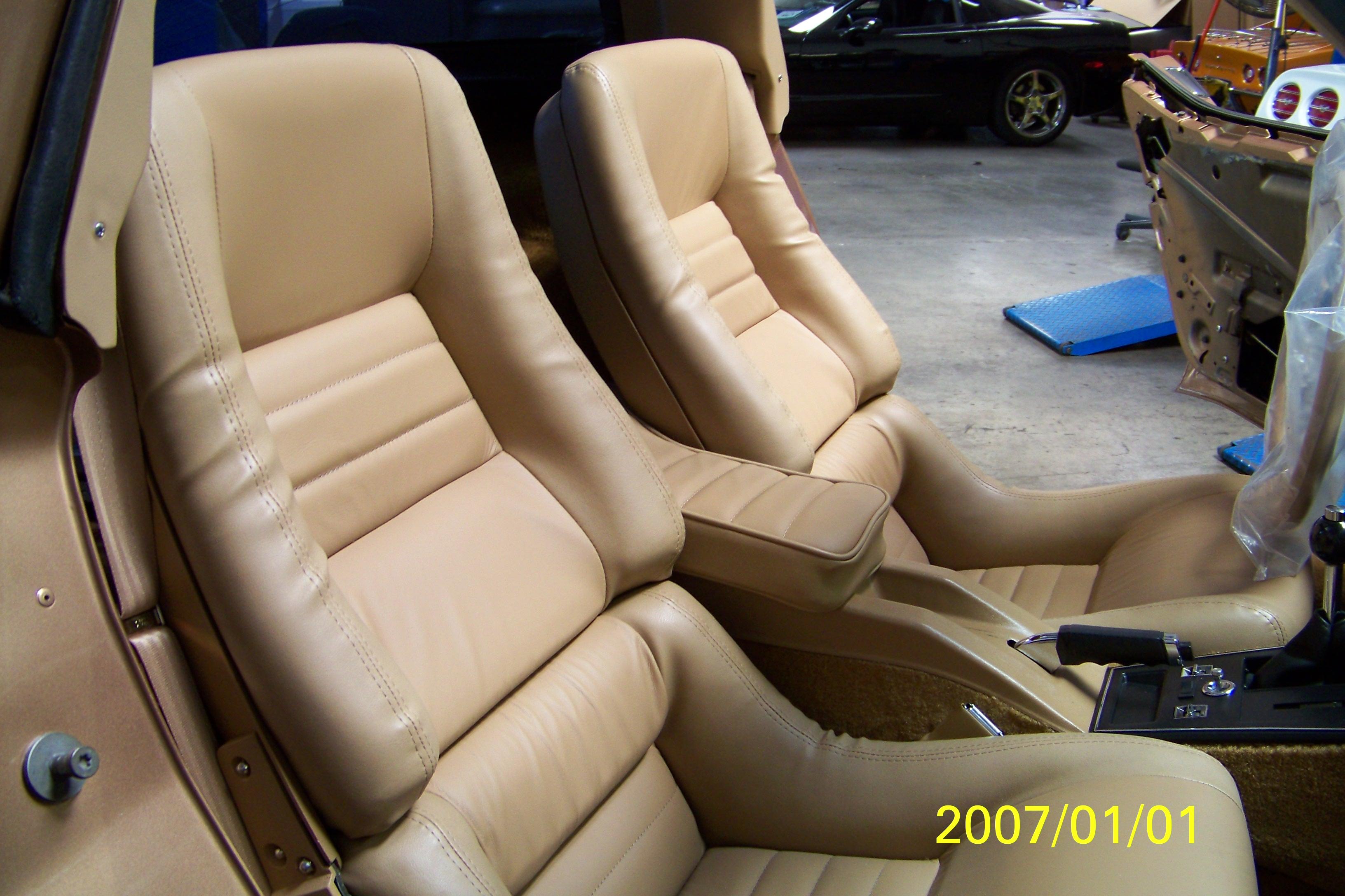 restoration-of-gold-car-083