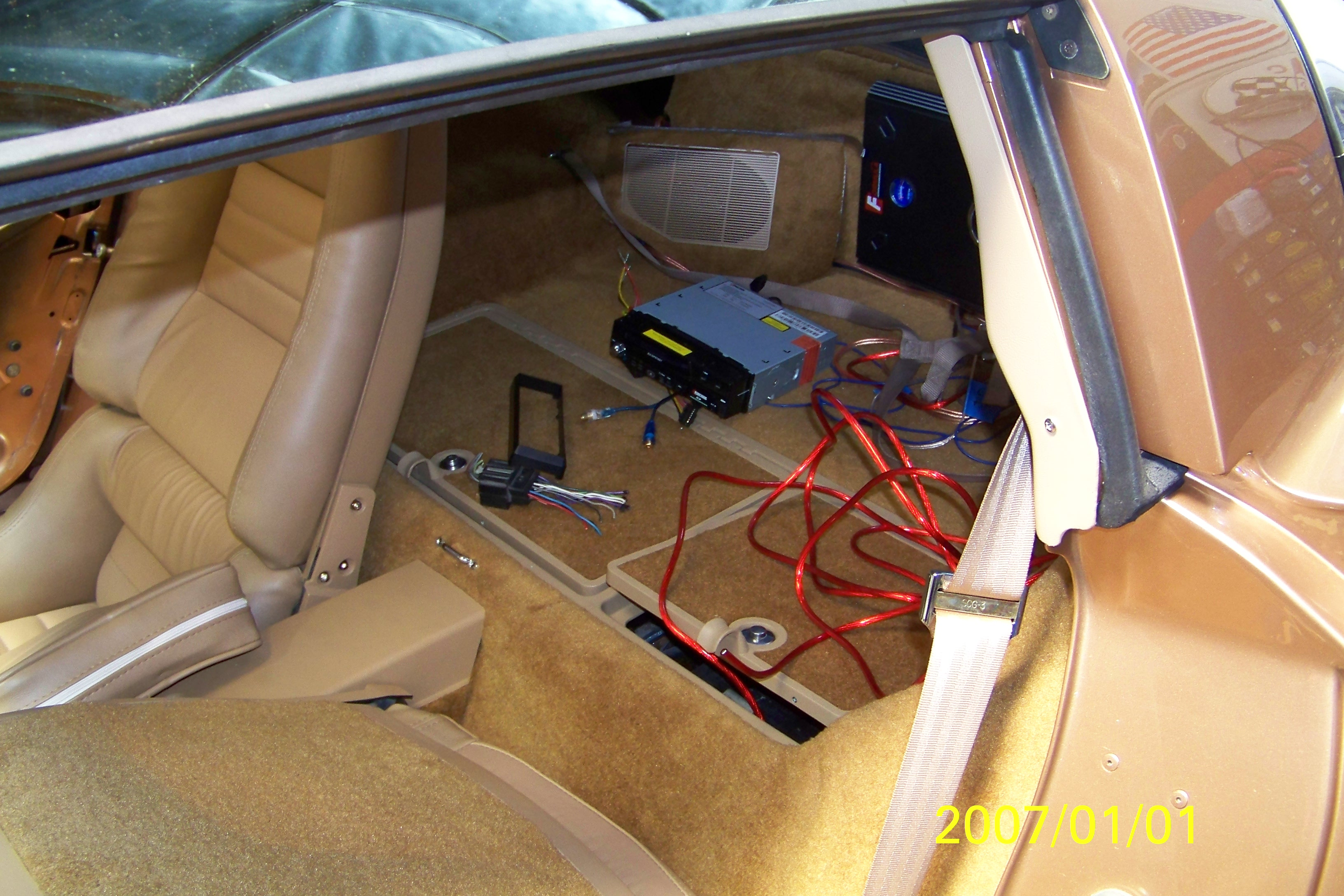 restoration-of-gold-car-085