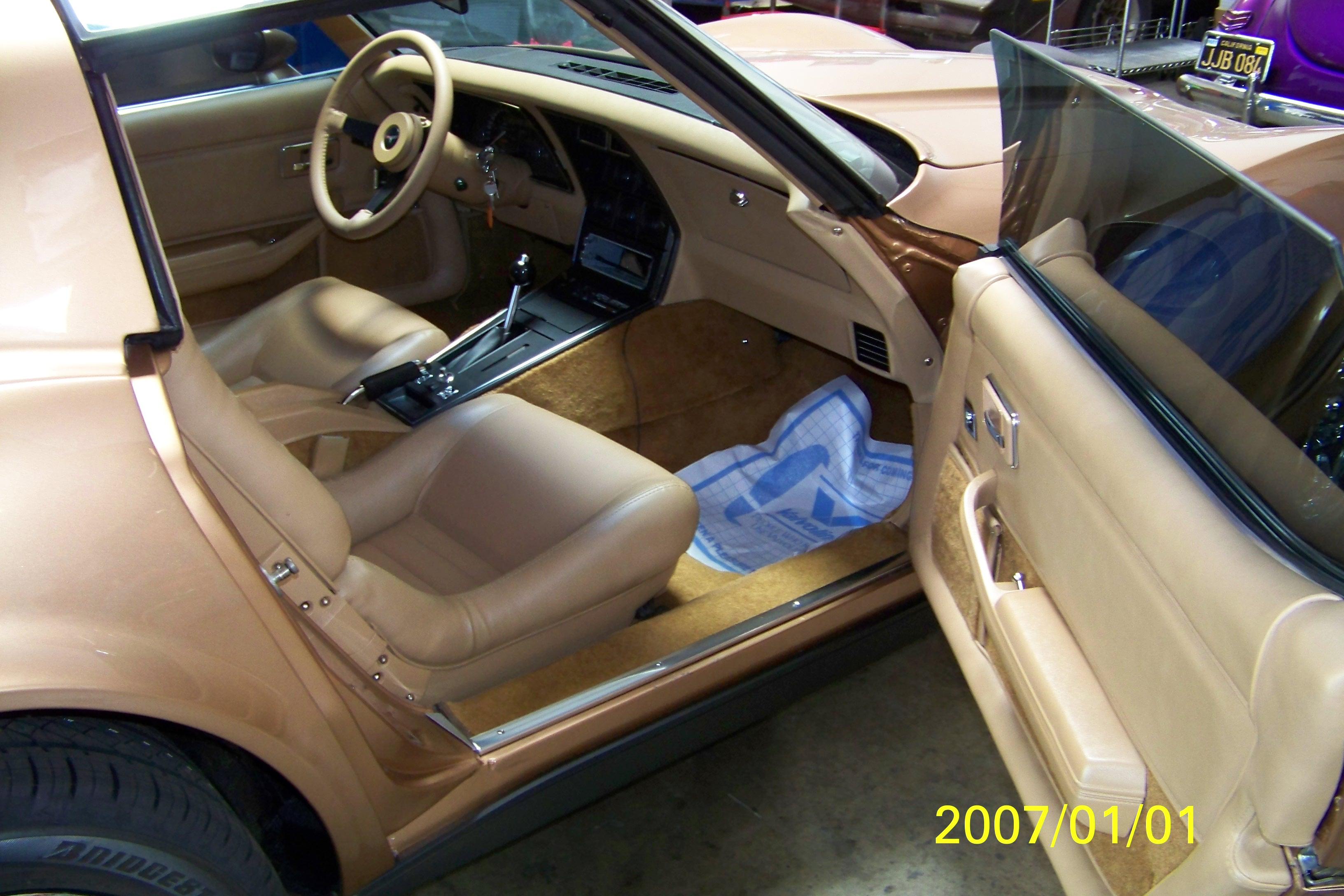 restoration-of-gold-car-099